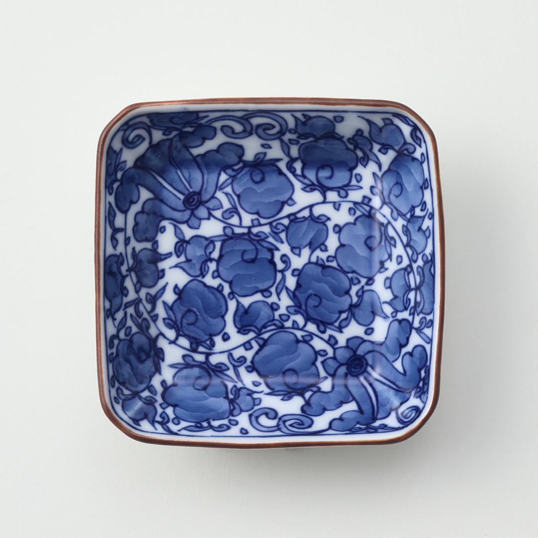 甲唐草文豆皿(全面)