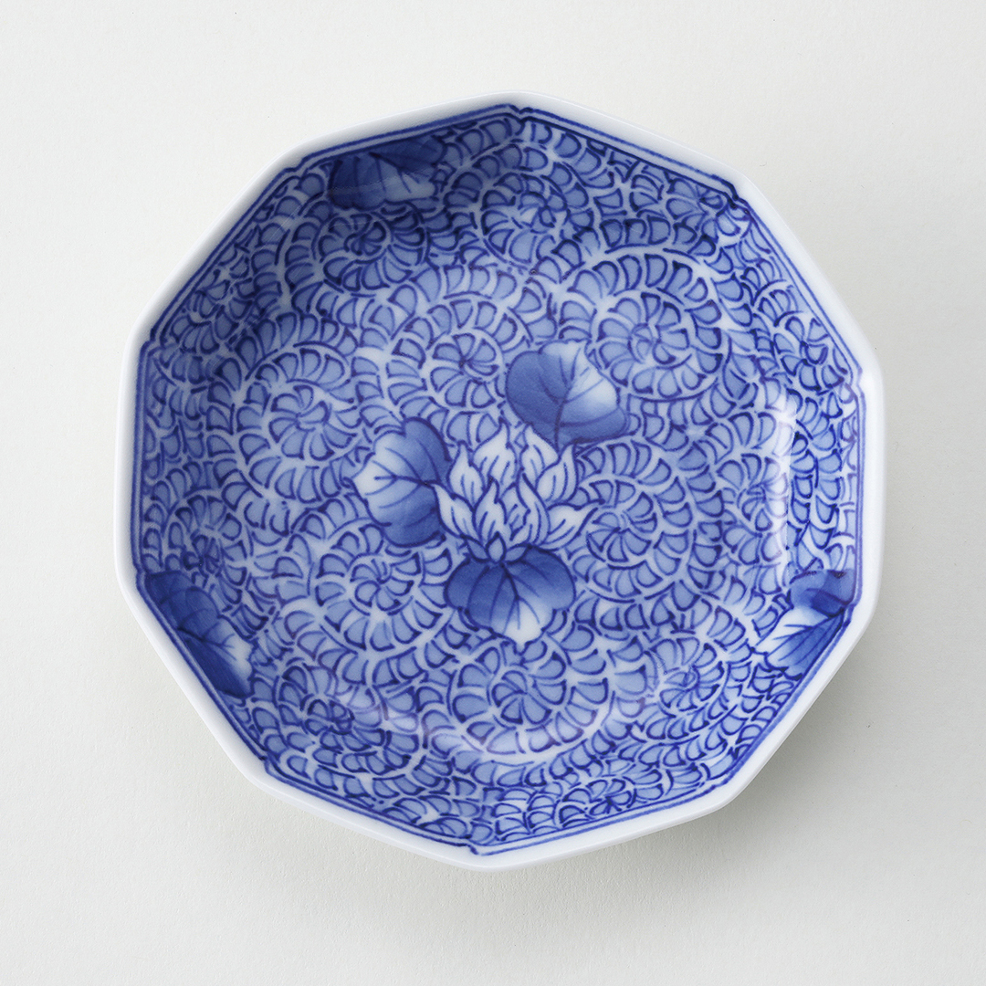 染付華唐草紋豆皿
