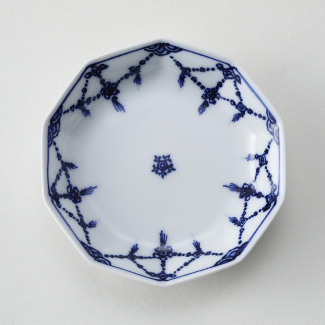 染付瓔珞紋豆皿